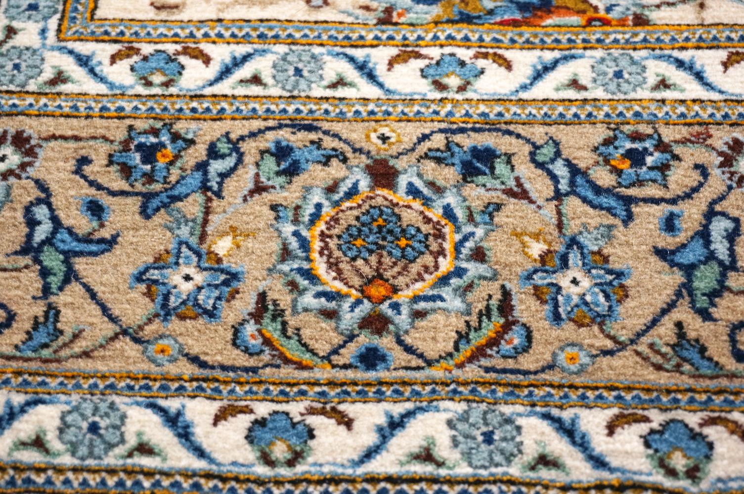 ペルシャ製 c1950 カシャーン 絨毯 フラワーのモチーフ