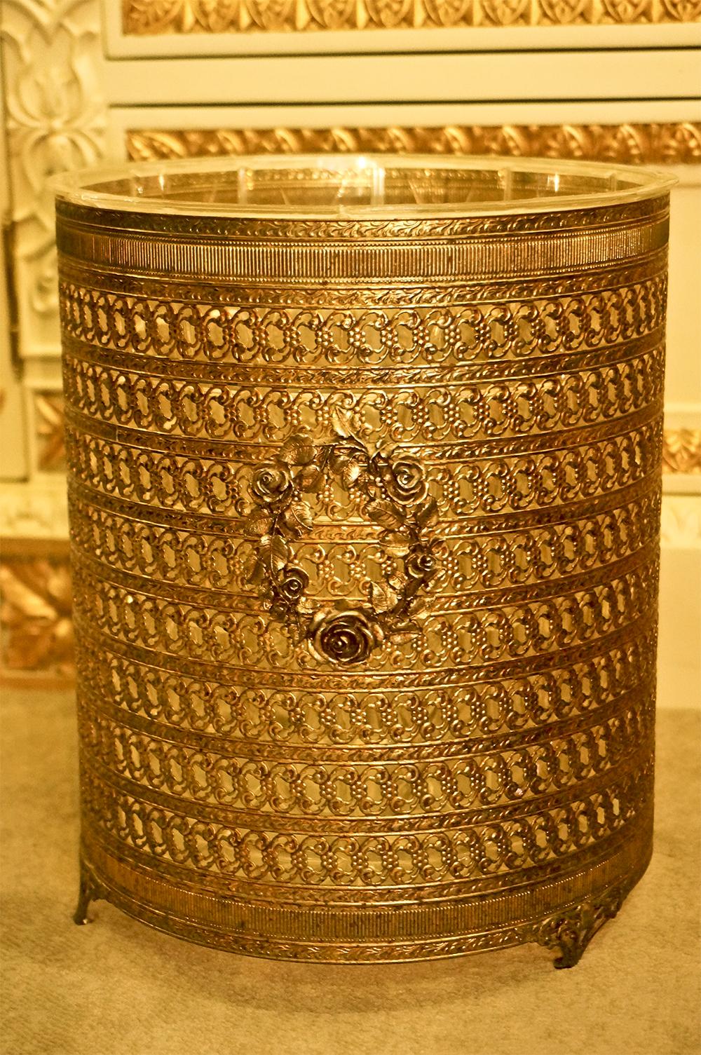 Sold: マトソン製 ローズリース ゴミ箱