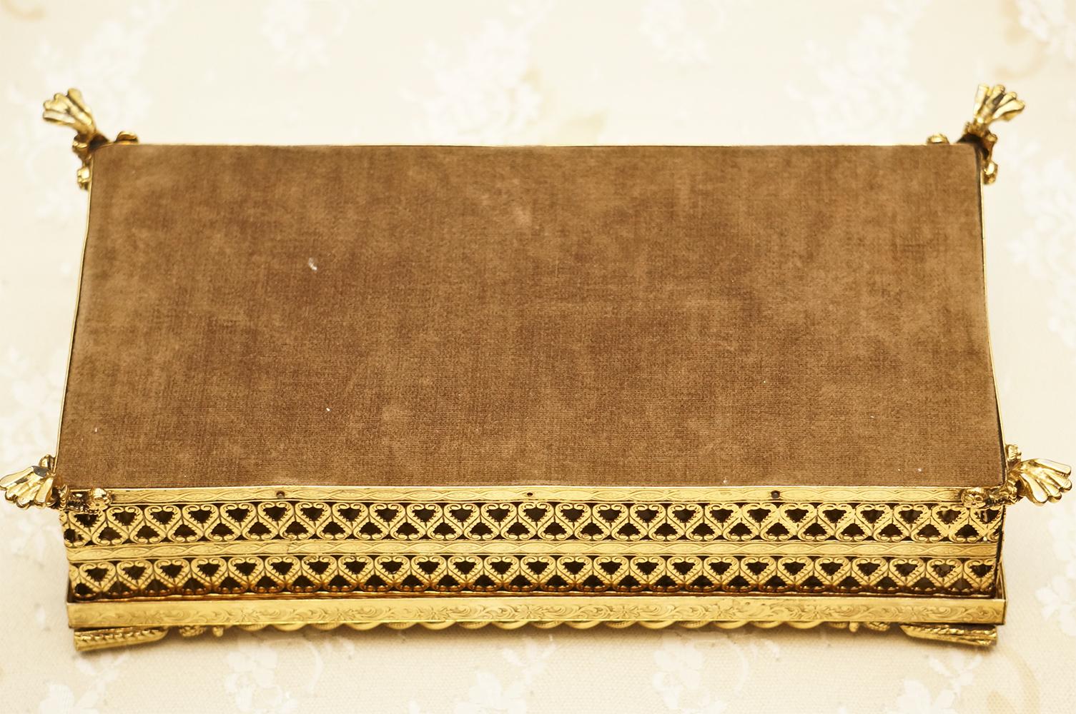 スタイルビルト製 ゴールド ロープ ティッシュボックス 裏側