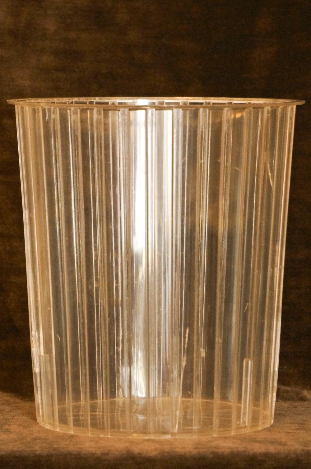 スタイルビルト製 ゴールド ロープ ゴミ箱 中のプラスチック