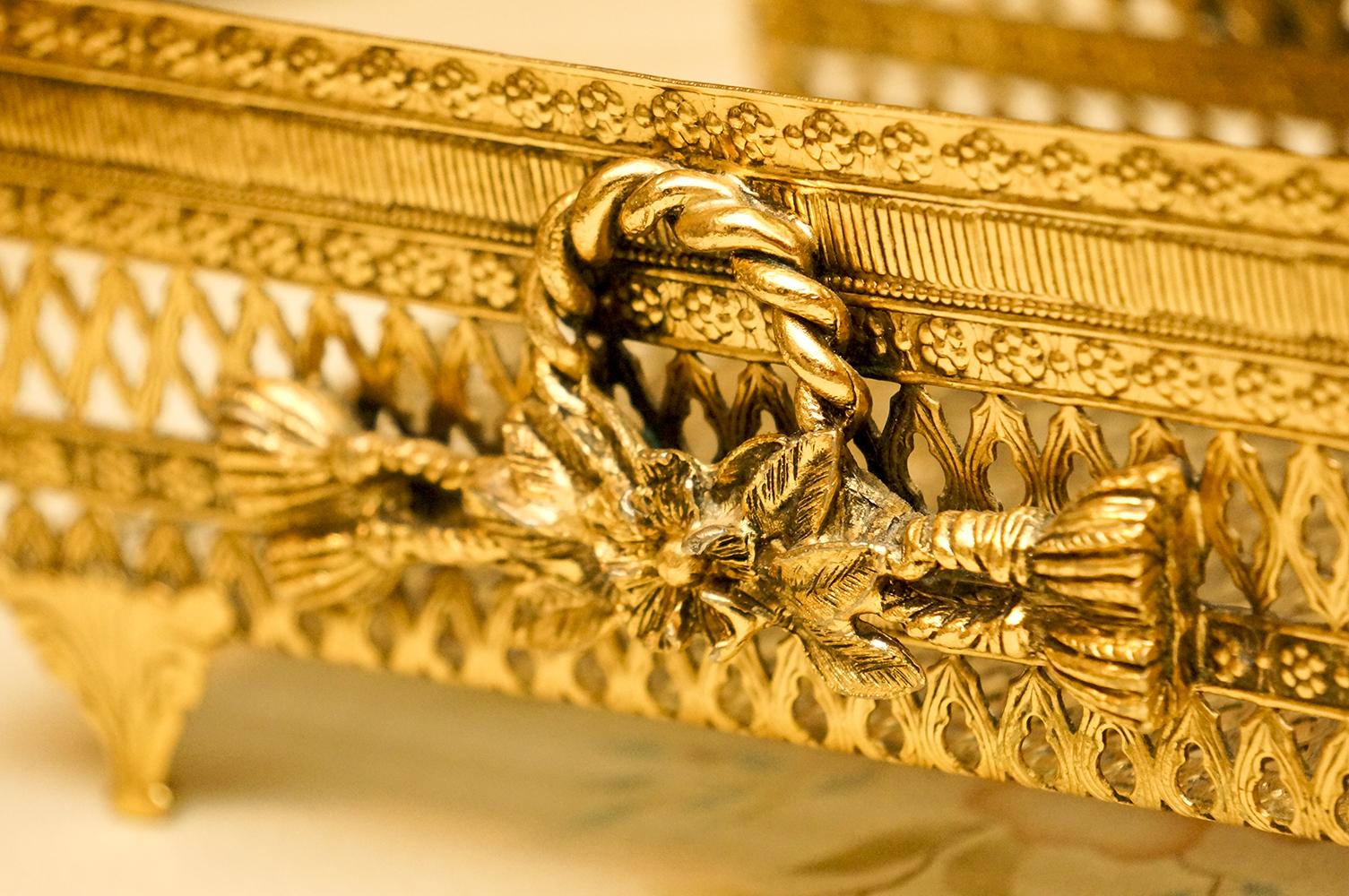 スタイルビルト製 ゴールド ロープとお花 タオルホルダー 拡大