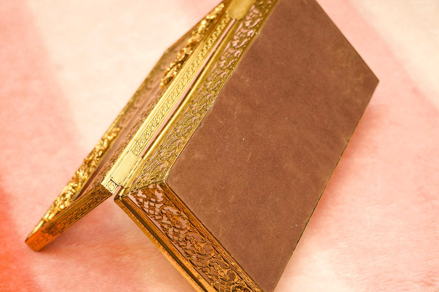 マトソン製 ゴールド ポピー ティッシュボックス 裏側