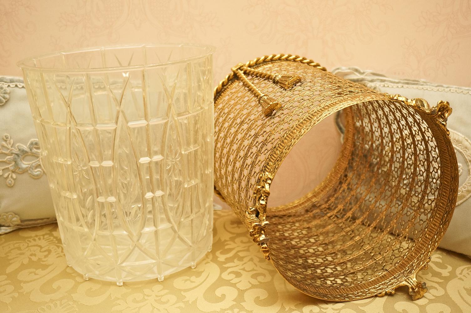 Sold: スタイルビルト ゴールド ロープ透かし ゴミ箱 外した状態