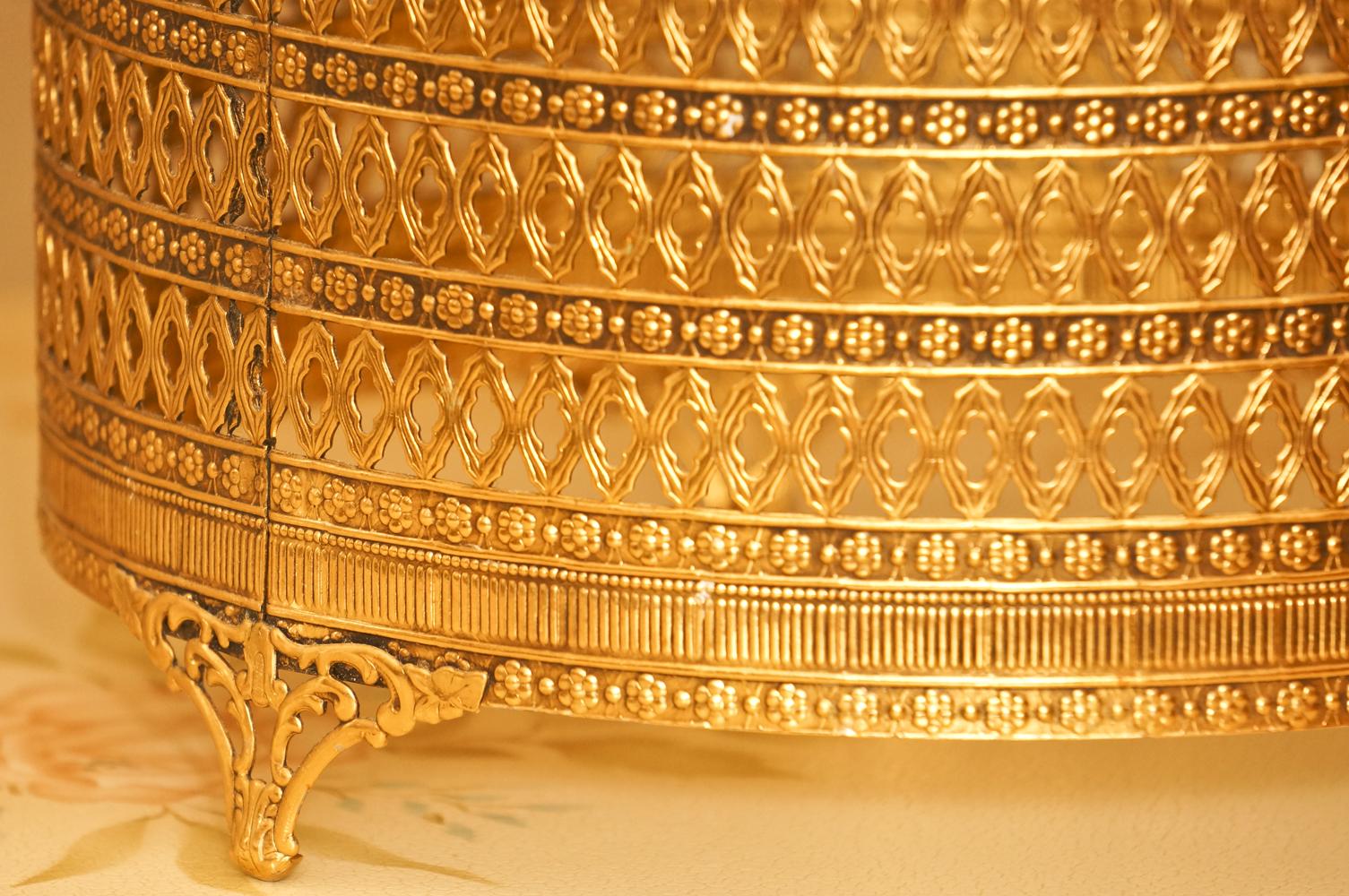 スタイルビルト製 ゴールド ゴミ箱 拡大