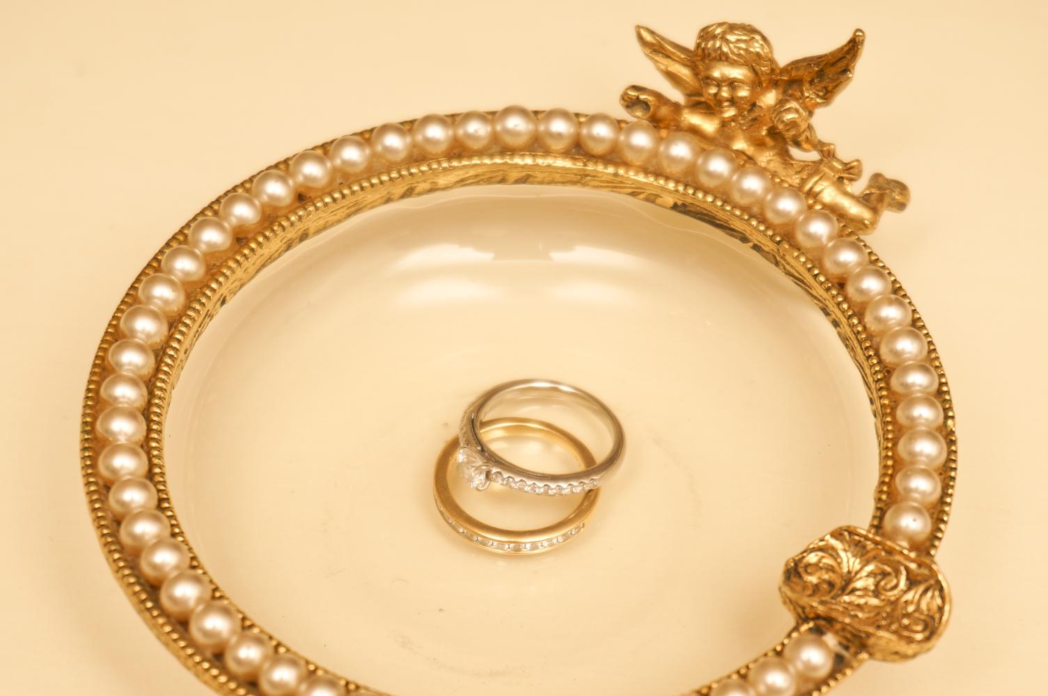 グローブ製 ゴールド 天使 アシュトレー シーン