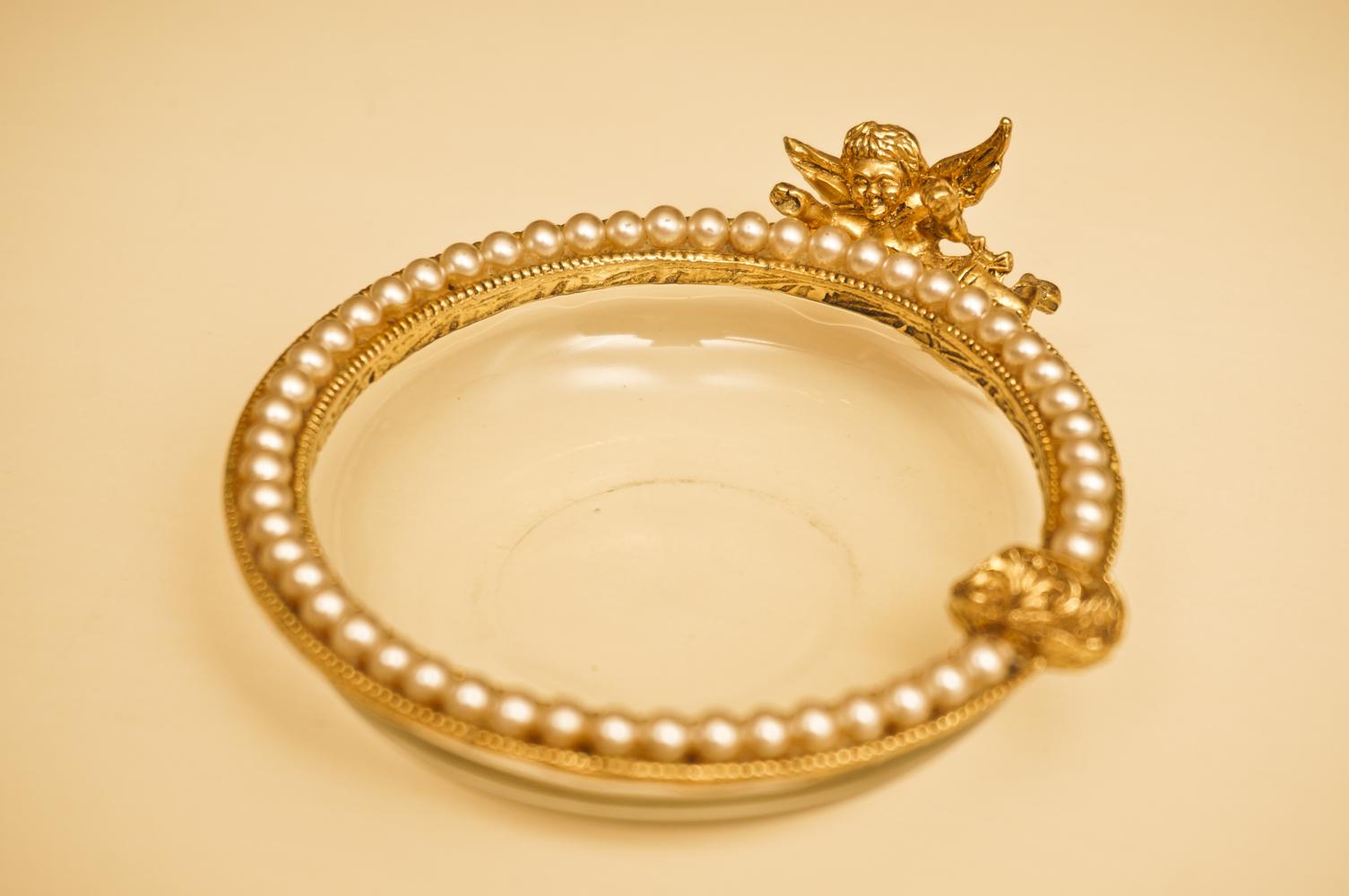 グローブ製 ゴールド 天使 アシュトレー