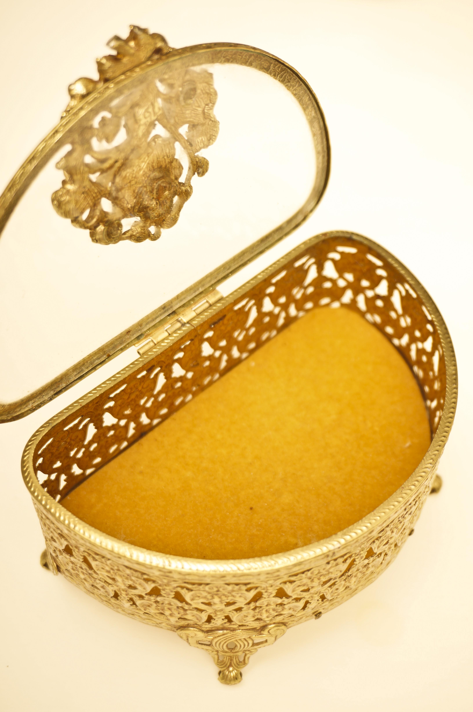 マトソン製 ゴールド ローズ 半円形 ジュエリーボックス 開けた状態