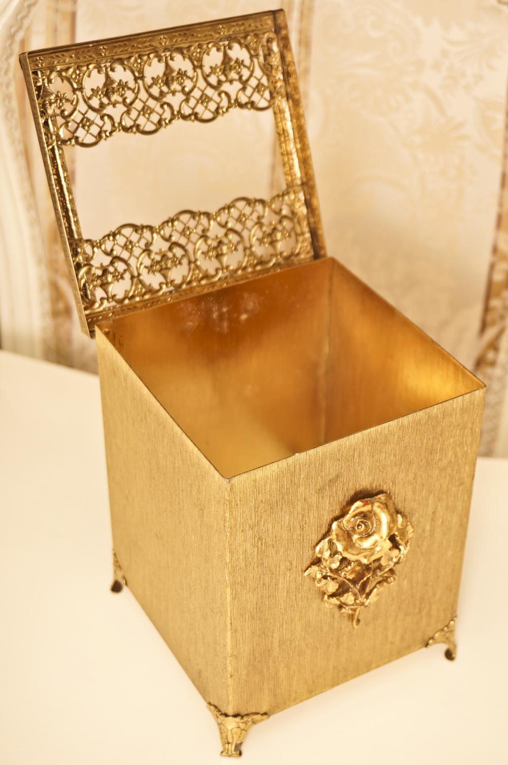 マトソン製 ゴールド ローズ 正方形 ティッシュボックス 開けた状態
