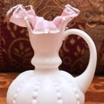 フェントン製 ピンク ミルクガラス 花瓶