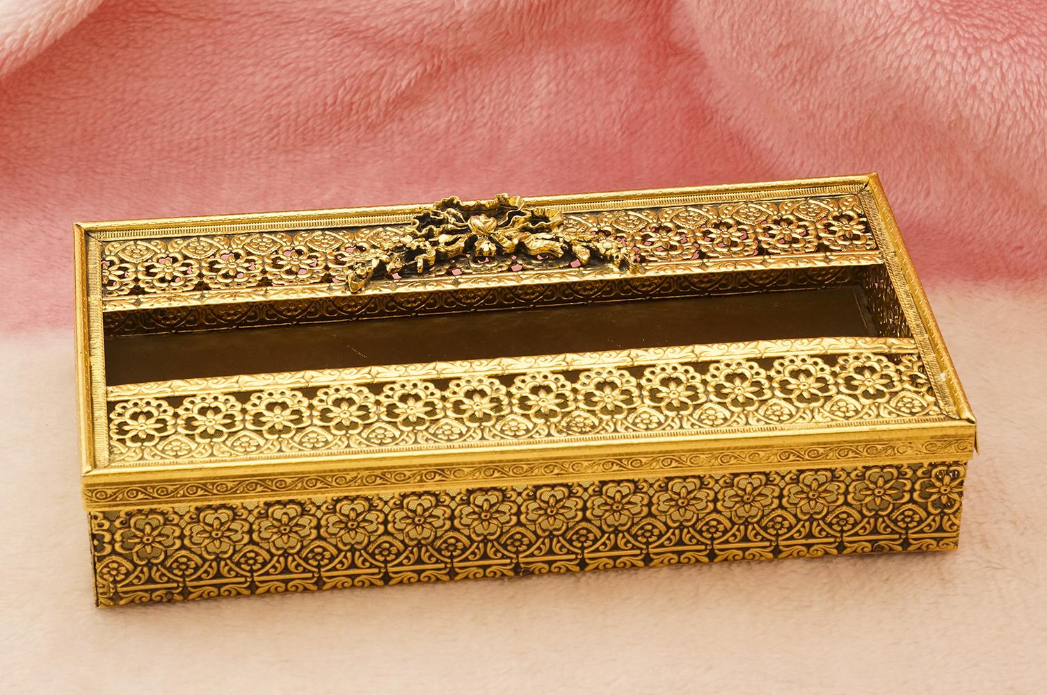スタイルビルト製 ゴールド フラワーリボン ティッシュボックス