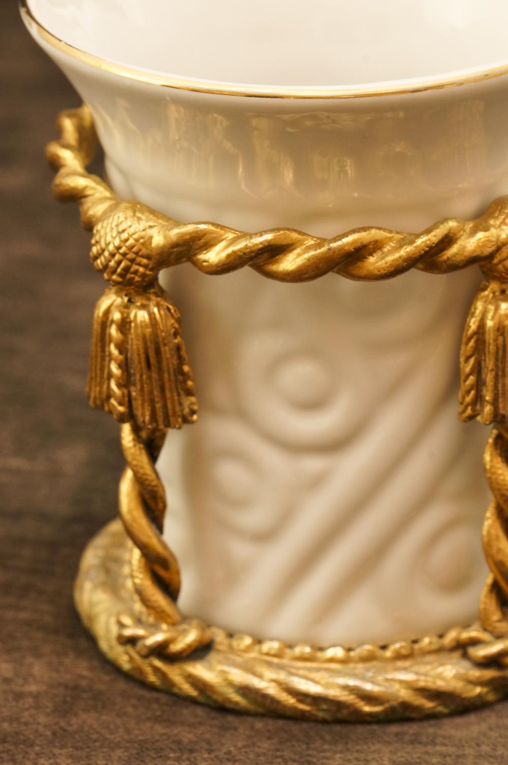 スタイルビルト製 ゴールド 陶器 ロープ タンブラーホールダー 拡大