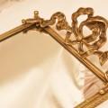 スタイルビルト製 ゴールド リボン 長方形 バニティミラートレー 拡大