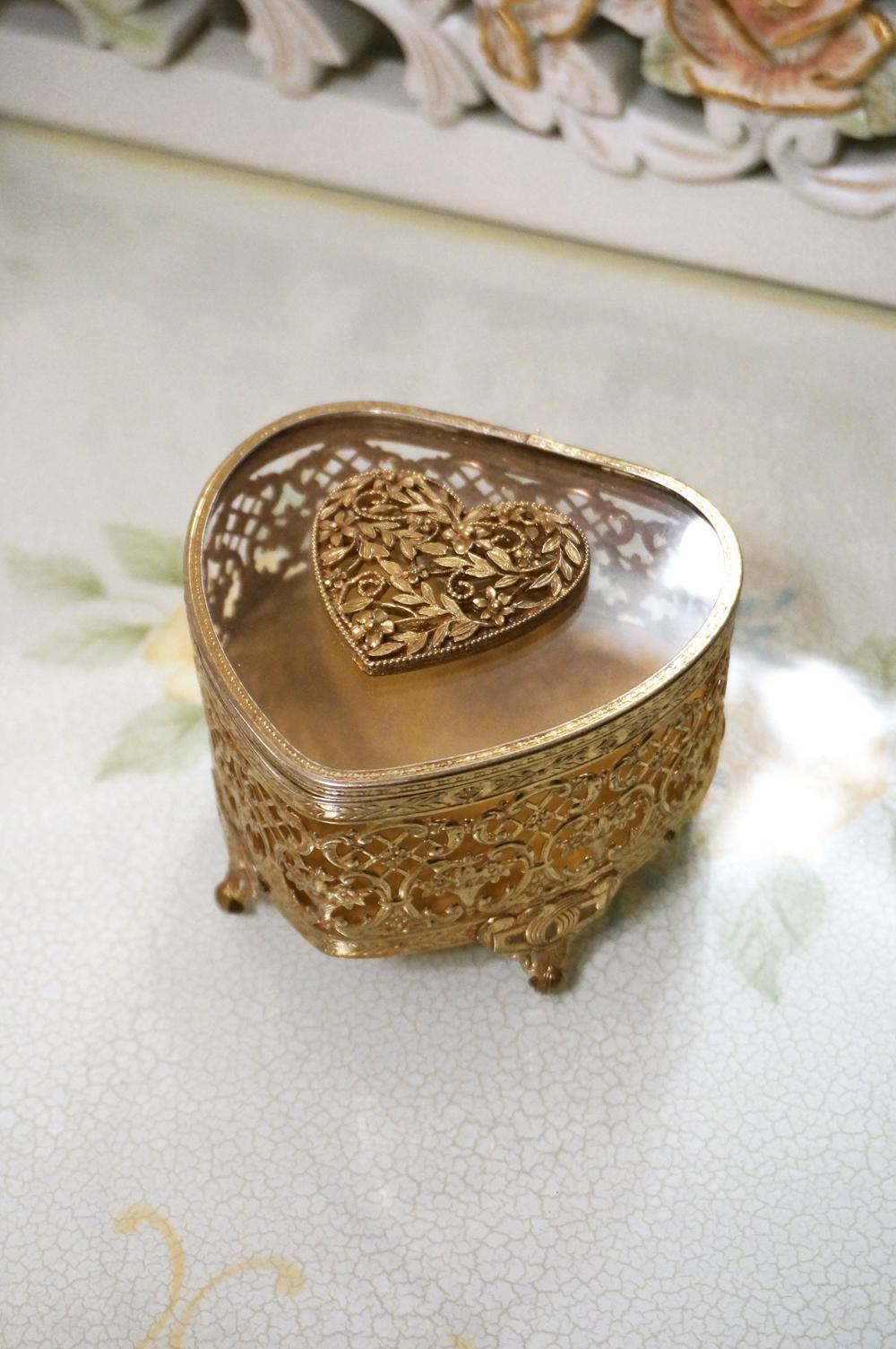 Sold:マトソン製 ゴールドジュエリーボックス