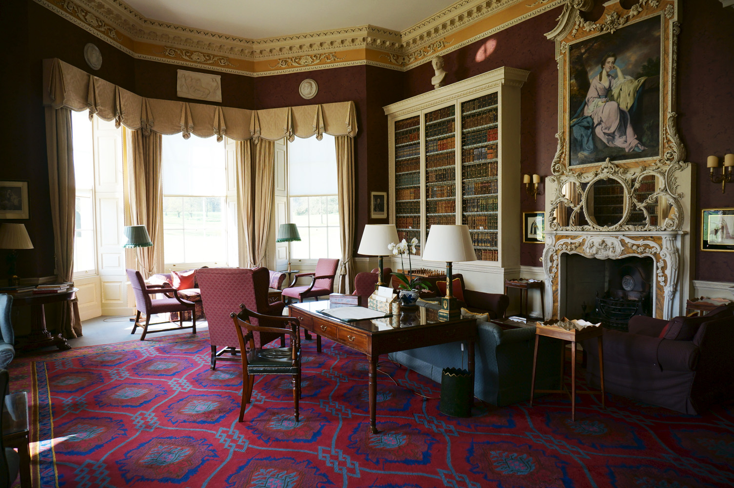 The Library – Hartwell House  書斎 ハートウェルハウス
