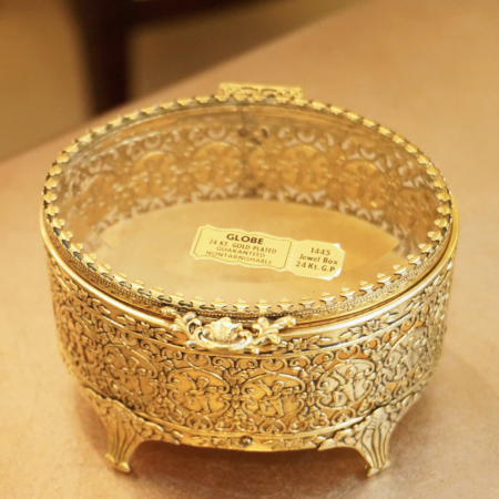 Sold:グローブ製 ゴールド 天使 ジュエリーボックス