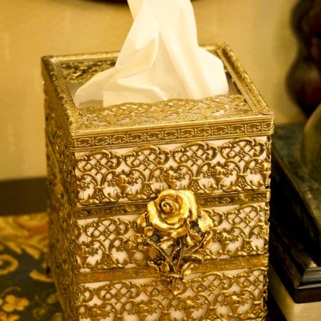 Sold: マトソン製 ゴールド ローズ 正方形 ティッシュボックス