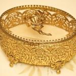 Sold:スタイルビルト製 ゴールド ローズ オーバル型 ジュエリーボックス